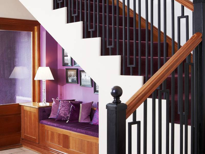 Lancaster Lodge, Interiors: Stairs detail