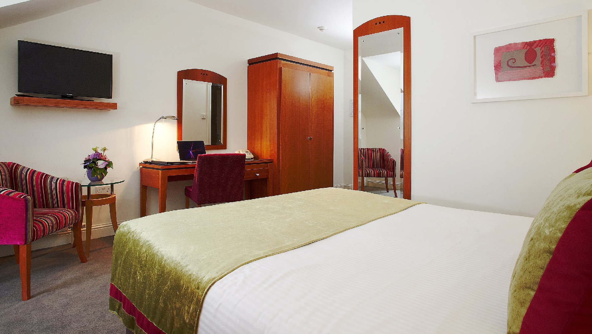 looking for 4 star hotel accommodation in cork - Cork Bedroom 2015