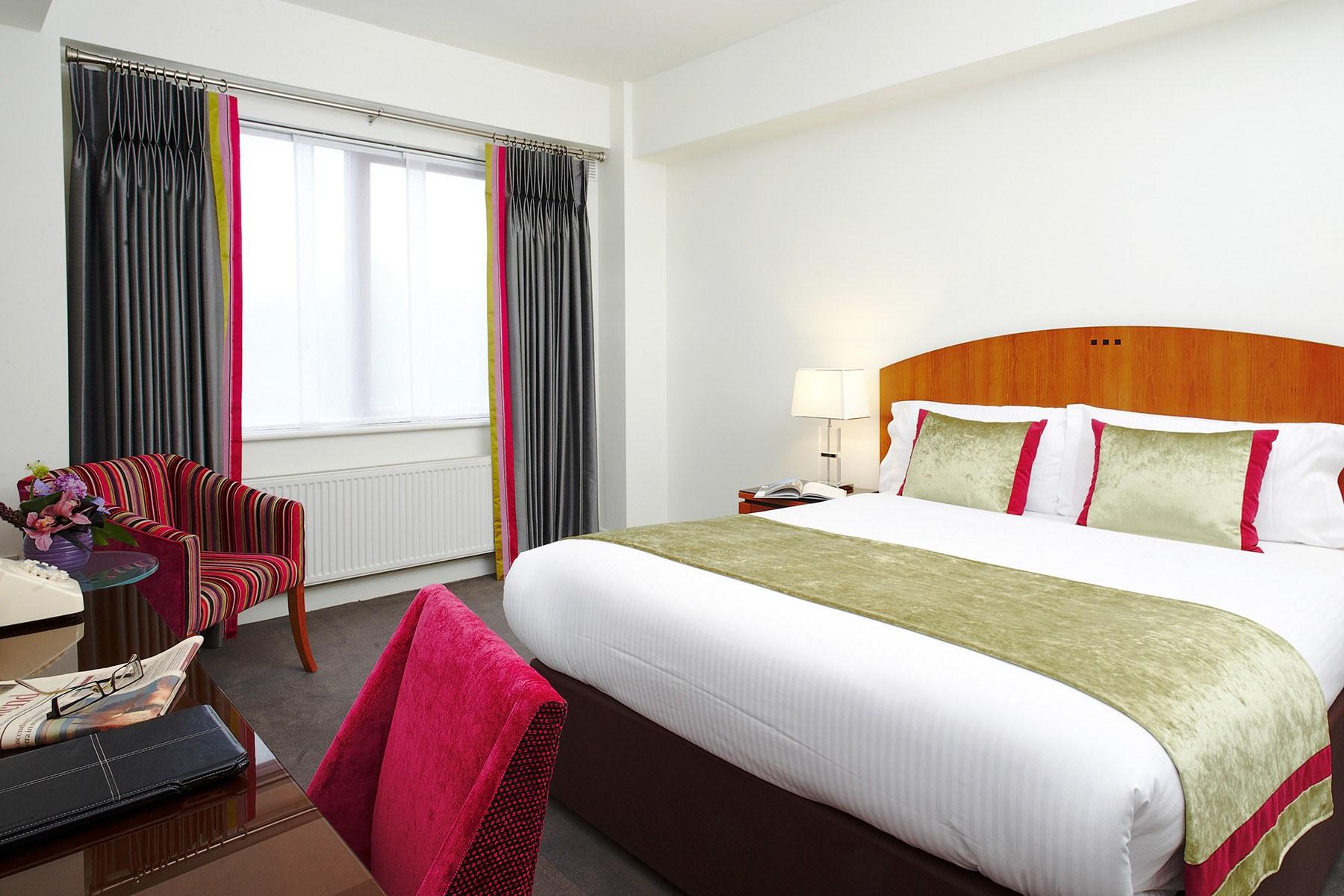1 2 - Cork Bedroom 2015